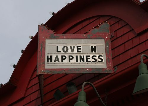 Lovenhappiness
